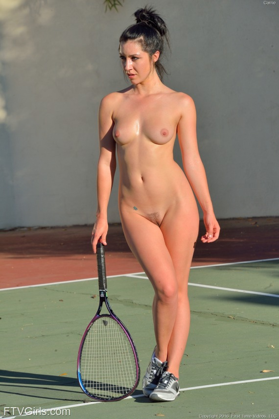 tennis-carrie-img57d8e506689ab